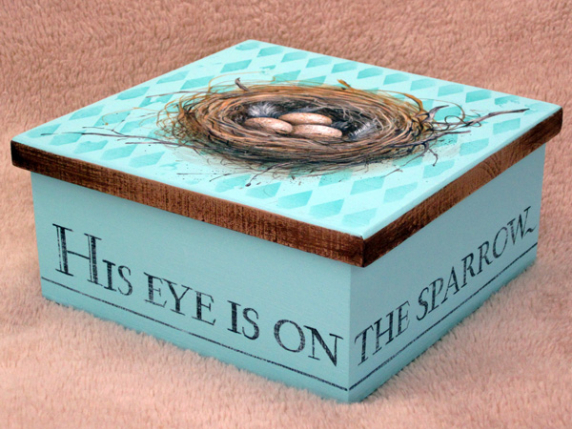 His Eye Is On the Sparrow Pattern EP-520 by Laure Paillex